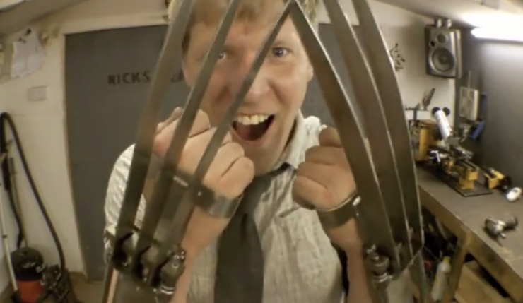 colin-furze-wolverine-claws