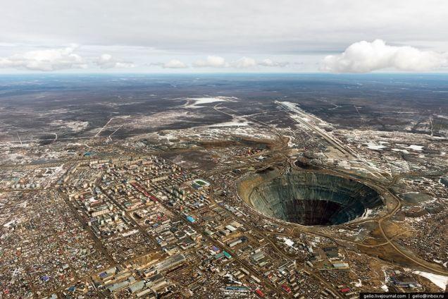 mina enorme en Rusia