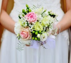 1524652979_bridal_bouquet_3323903_640