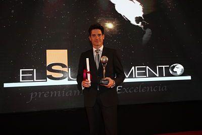 1526463325_Andreu_recogiendo_premio_opt