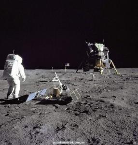 el-hombre-en-la-luna-i_2850