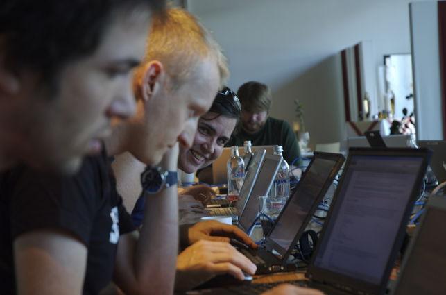 Hackathon-Foto-Andreweland-Flikr_EDIIMA20140629_0032_13