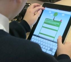 tiempo con la tablet y niños